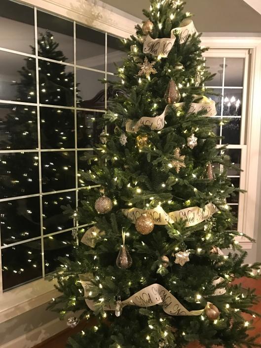 fallbreeze christmas tree 2